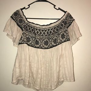American Eagle White Blouse w/ Black Stitching